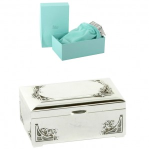 Engraved Silver Rectangle Trinket Box With Flowers - Image 1