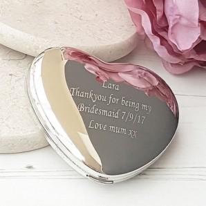 Engraved Heart Compact Mirror - Image 1