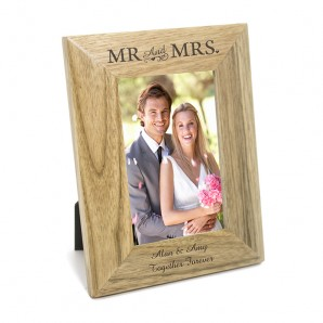 Personalised Mr & Mrs Oak Picture Frame - Image 1
