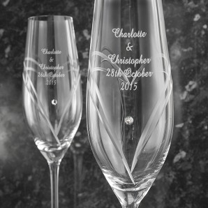 Personalised Pair of Heart Swarovski Champagne Flutes - Image 1