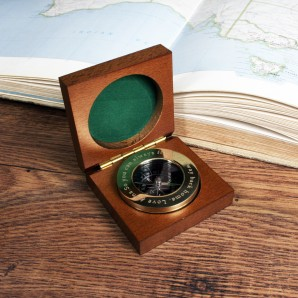 Engraved Brass Travellers Compass in Wooden Case - Image 1