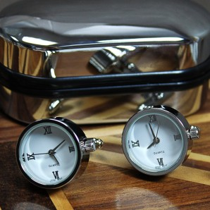 Round Quartz Clock Cufflinks - Image 1
