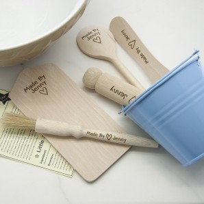 Engraved Kids Baking Set - Image 1