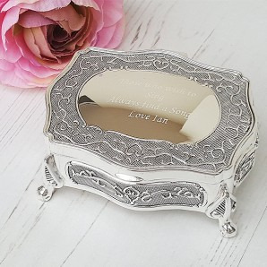 Engraved Small Silver antique Trinket Box - Image 1