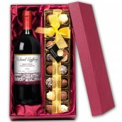 Personalised Red Wine & Chocolates Gift Set